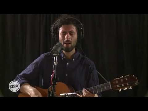 Jose Gonzalez - Let It Carry You (Live @ KCRW, 2015)