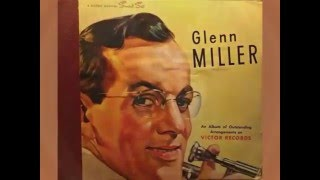 Glenn Miller And His Orchestra In The Mood 1945