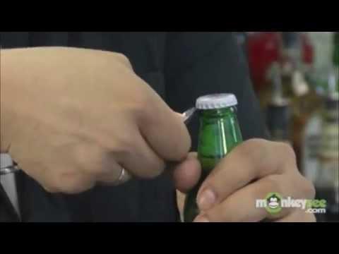 10 cách mở nắp chai bia