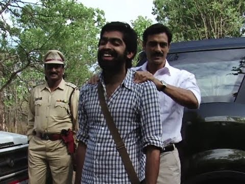 Arjun Rampal -The Magician (Chakravyuh)