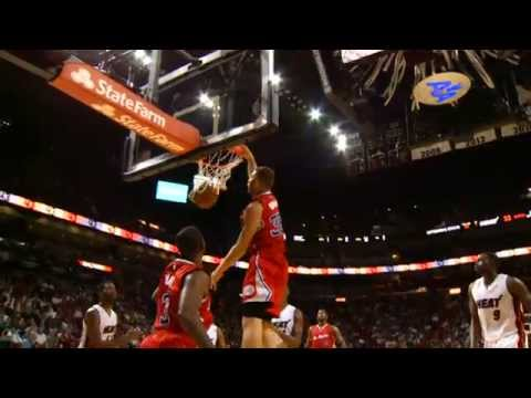 CP3 Feeds Blake for the Soaring One-Handed Alley-Oop