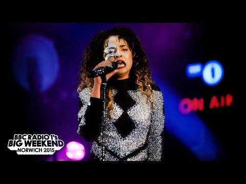 Ella Eyre - Radio 1's Big Weekend