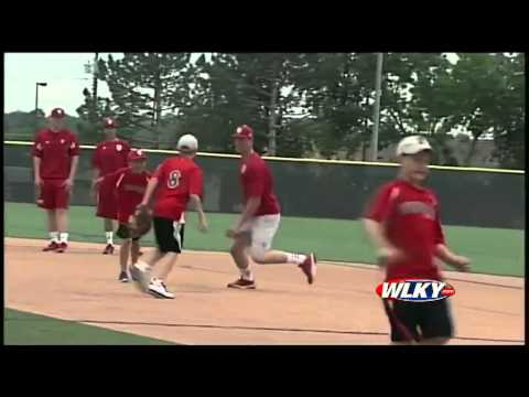 Sights and sounds of Omaha: IU practices before World Series game