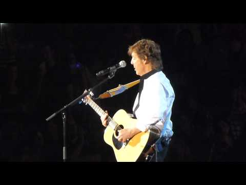 "PAUL MCCARTNEY ""Blackbird"" 5-22-13 from Austin"