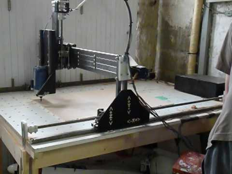 Home Made Cnc Router Mill Hobbycnc Emc2 First Works Youtube