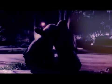 Caroline & Elena    Lift'in Me Up (5x01)