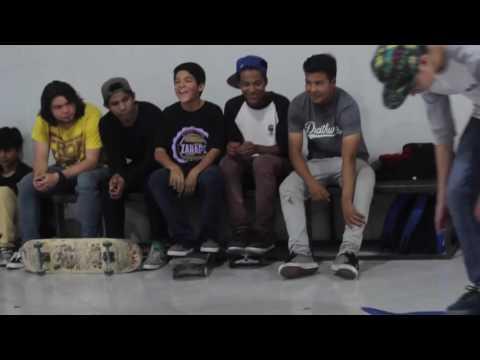 Apertura ZARAPE  Skateshop plaza San Cosme - juego de S.K.A.T.E