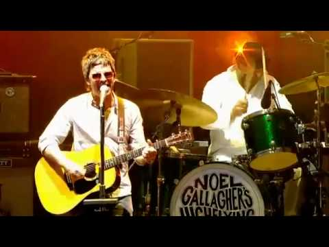 Noel Gallagher - Whatever [Live V Festival 2012] - Hylands Park, Chelmsford