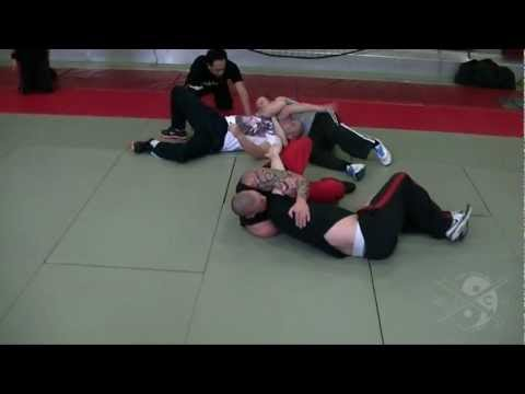 Jun Fan Grappling Image 1