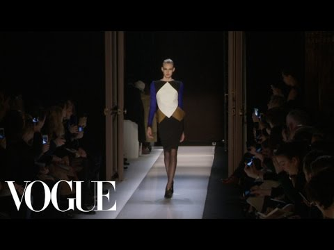 Roland Mouret Ready to Wear Fall 2013 Vogue Fashion Week Runway Show