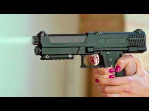 10 MUST HAVE SELF DEFENSE GADGETS