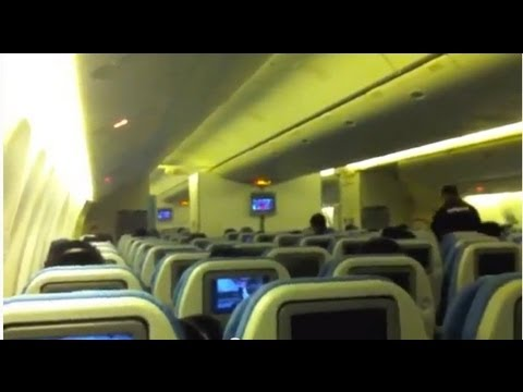 PINOY TRAVEL Ep.3 : Manila - Vancouver via Philippine Airlines Boeing 777-300 Part 2/3