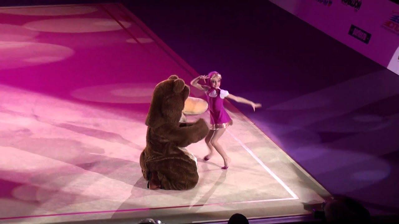 Танцующий медведь в офисе. Порно на ...