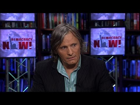Actor Viggo Mortensen: Warrior-King in Lord of the Rings' Middle Earth is Peace Activist on This One