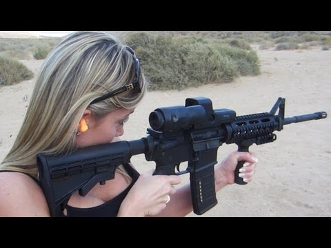 CUTE GIRL GUN SHOT PRANK - Сладко момиче шега