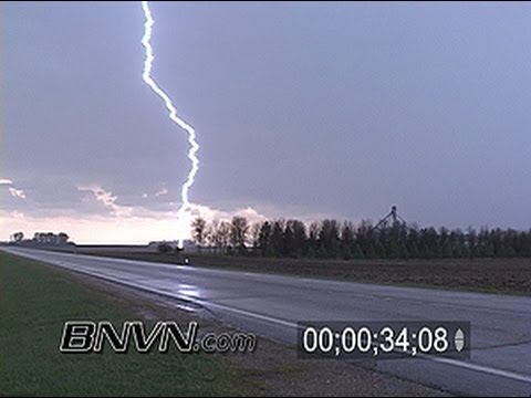 5/5/2005 Lightning video and storm chasing video from Western Minnesota