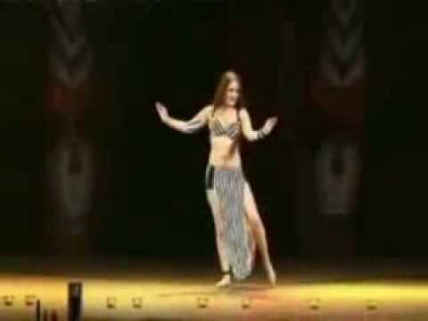Mujra Dance Hot Belly Dancing -celeklix-latest|photo|gallery|celebs|hot|pics|new|wallpapers|hd|hq video
