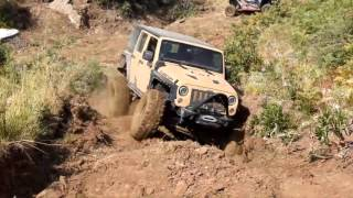 Jeep Rubicon Mudding !!!