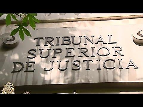 Comisario denuncia a González y relaciona a Enrique Cerezo en compra ático
