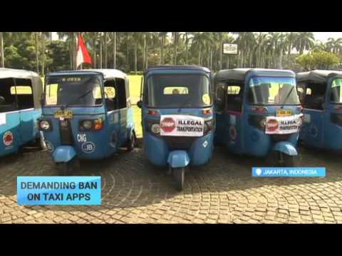 Demanding Ban on Taxi Apps: Indonesia's drivers protest against ride-sharing smartphone apps