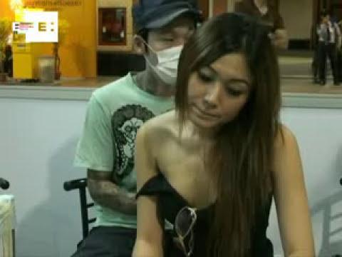 Maestros del tatuaje firman sus obras a sangre y tinta en Bangkok