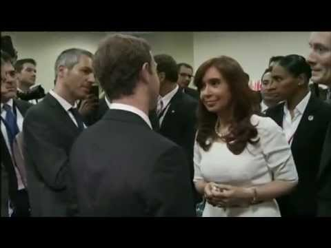 11 de ABR. Cristina Fernández se reunió con Mark Zuckerberg. Cumbre de las Américas Panamá 2015.