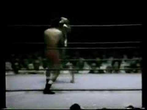 JOSE PIPINO CUEVAS VS ANGEL ESPADA Video
