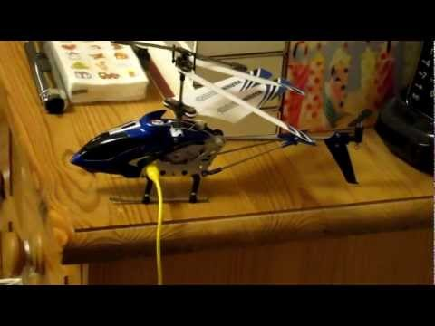 Syma S107g Gyro Ir Rc Helicopter. Infra Red Remote Controlled. Charging And Wing Damage.