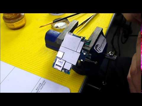 Sony Ericsson Xperia Z Reparar el conector de carga (Replacement Mini USB Charging)