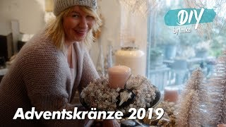 Adventskränze in rosé