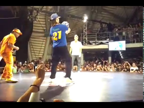 Neymar is humiliated in Freestyle Football -  Neymar es humillado en el fútbol estilo libre