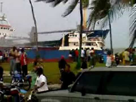 Dos Barcos, 2 Tormentas Tropicales