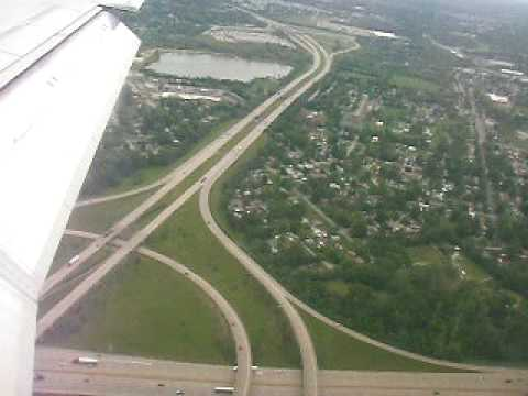 Landing in Louisville, KY at Louisville International Airport (SDF)