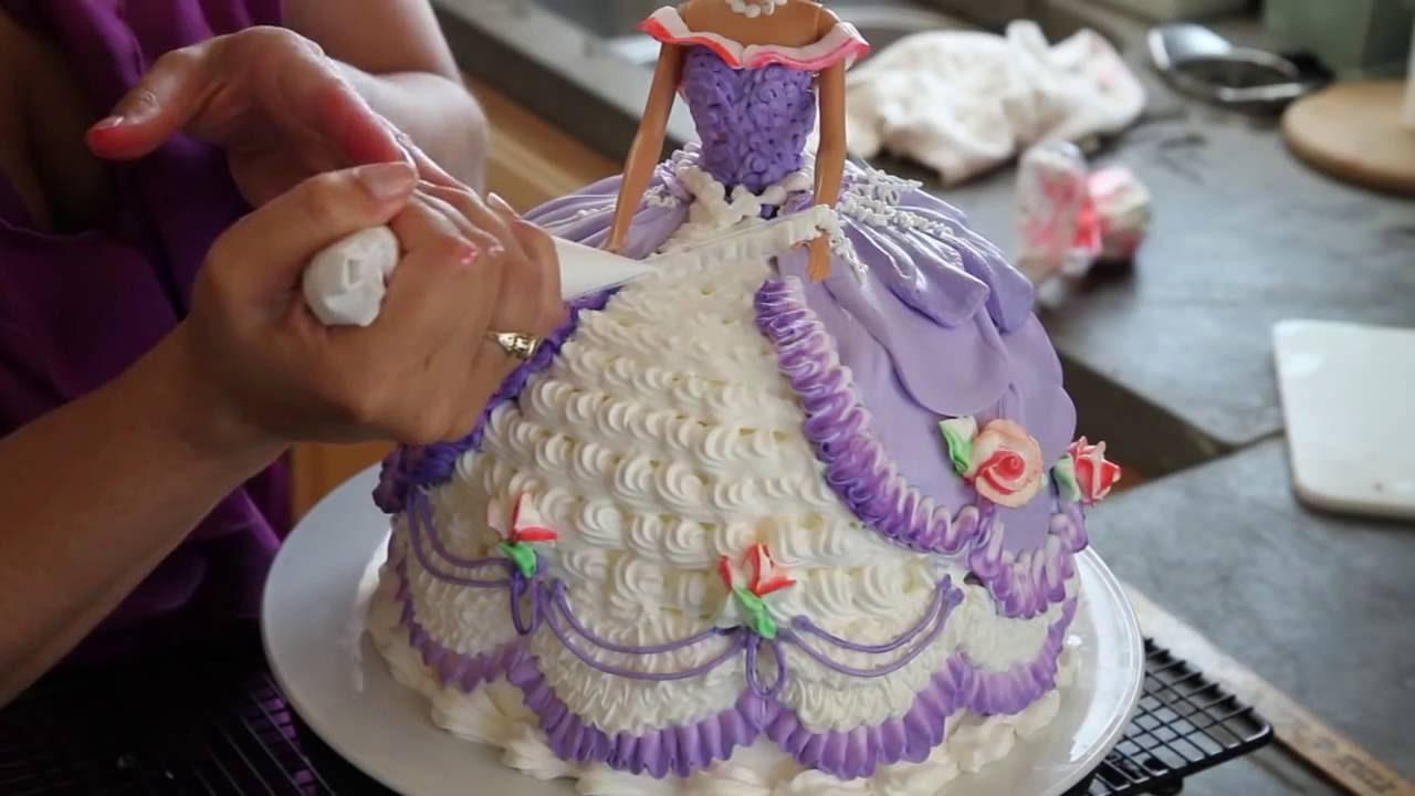 Easy Frozen Cake Decorations