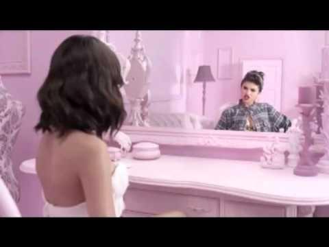 Justin bieber vs Selena gomez rapping