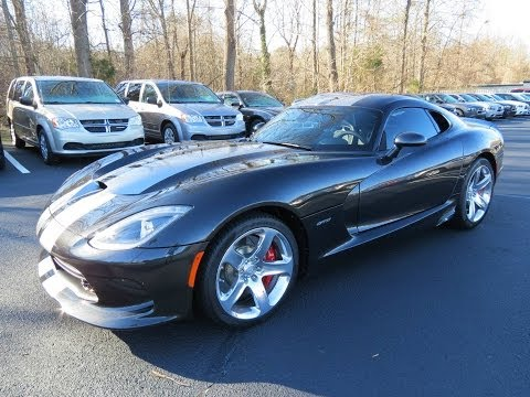 2014 SRT Viper GTS Start Up, Exhaust, and In Depth Review