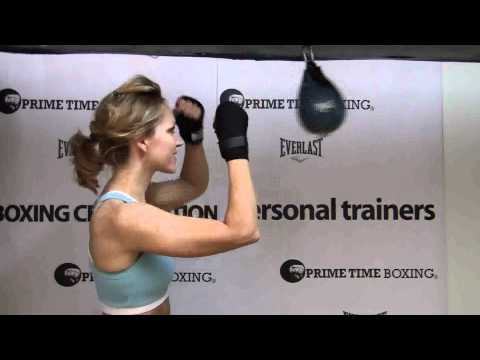 Boxing Drills: How to hit the speedbag Image 1