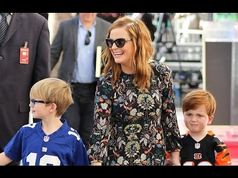 Amy Poehler speaks about her kids (Compilation)