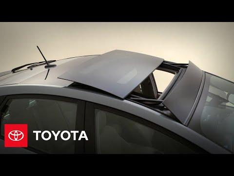 2012 Prius: Tilt/Slide Moonroof