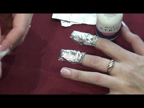 Видео как снять ногти дома