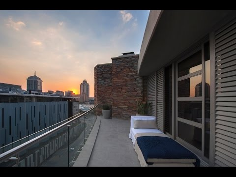 Top Billing visits a Sandton Penthouse