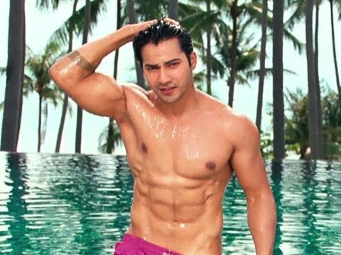 Varun Shows Hissupa Hot Body - Student Of The Year