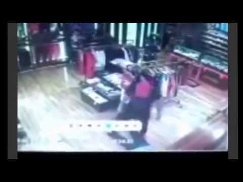 Ladrón recibe tremendo knockout // Thief was received with great knockout