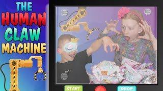 Human Claw Machine vs My Brother