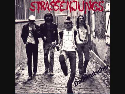 Strassenjungs - Striptease