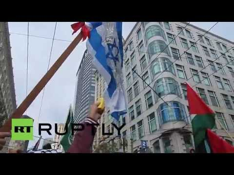 USA: Israeli flag burns at Gaza solidarity demo in San Francisco