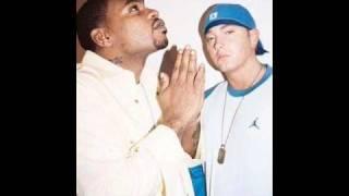 Watch Eminem Emulate video