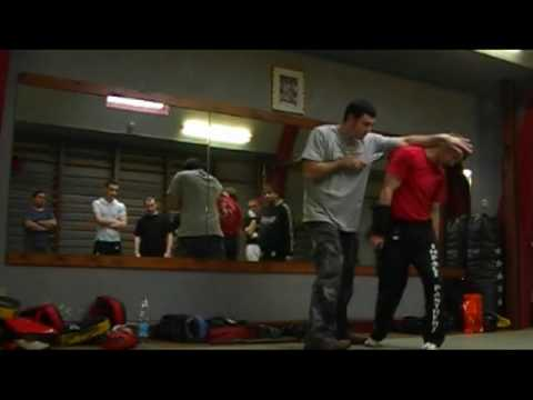 TACTICAL KNIFE FIGHTING BASICS, Luke Holloway teaching in Belgium Image 1