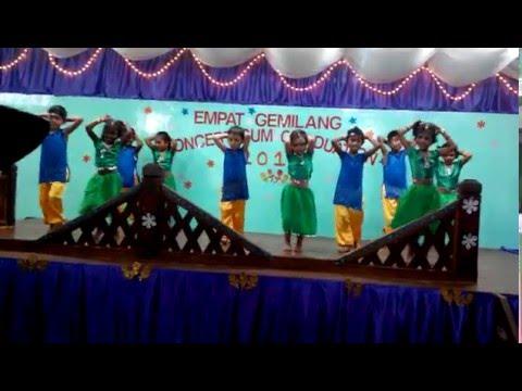 Aleesya dancing tamil dance