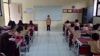 SDN Rengas - Pengucapan Salam Bahasa Inggris